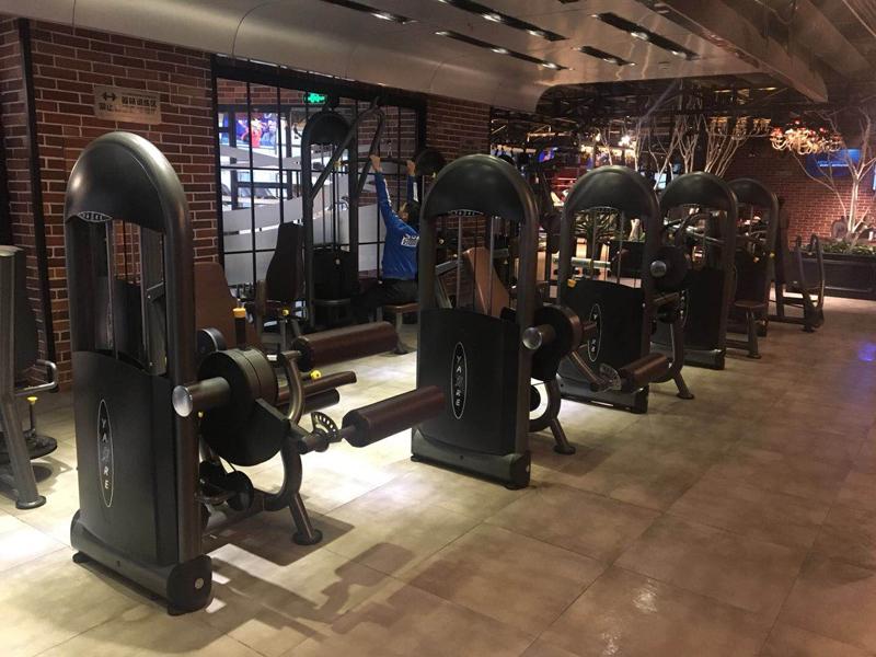 健身器材店_健身房器材